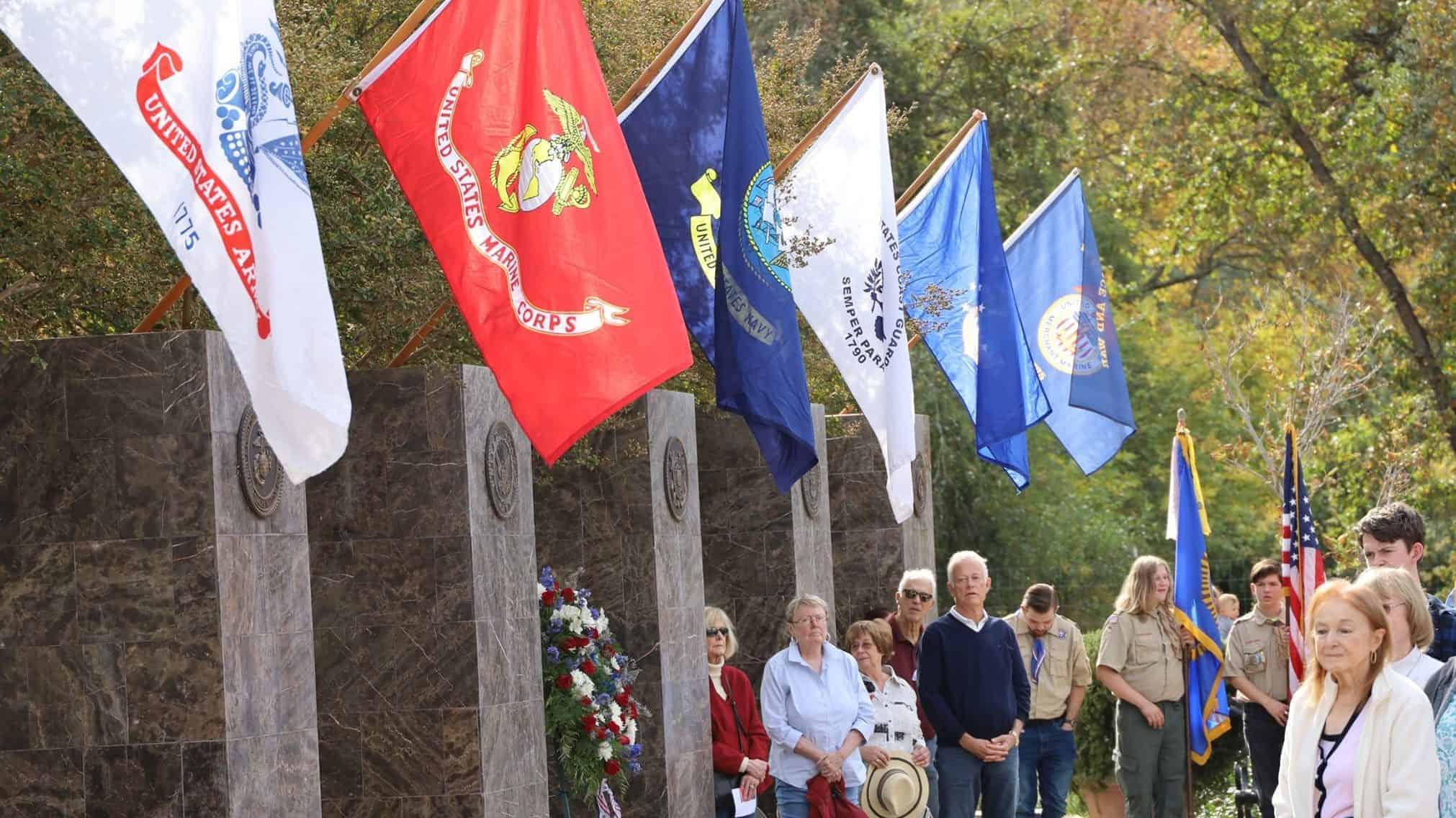 Veterans Memorial at Logvy Park